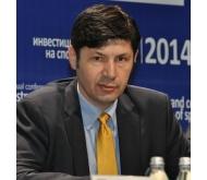 Юлиян Михов